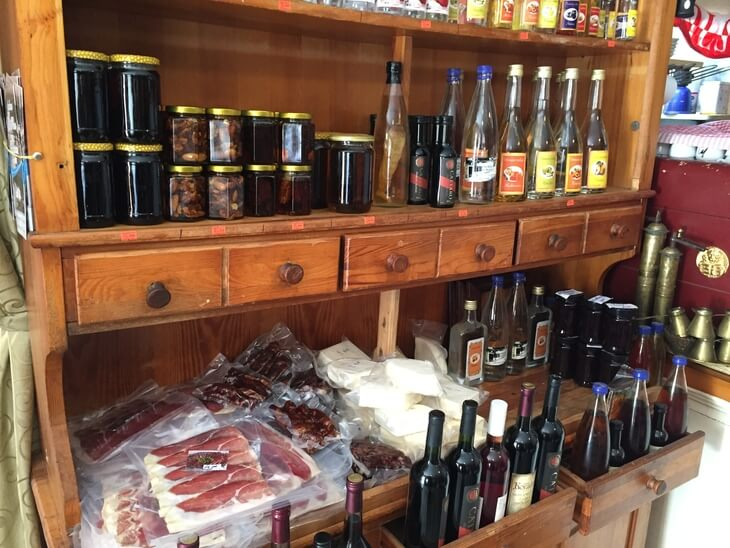 Buy some local delicacies for souvenirs on the Great Montenegro Tour