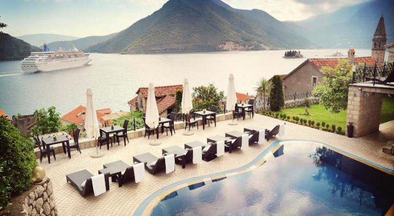 Top kotor bay hotels for Boutique hotel kotor