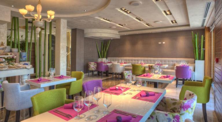 Hotel Forza Mare breakfast room