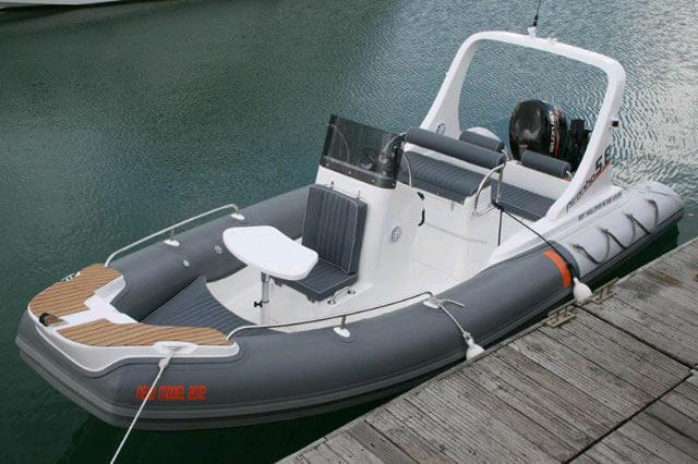 Montenegro boat hire Piranha