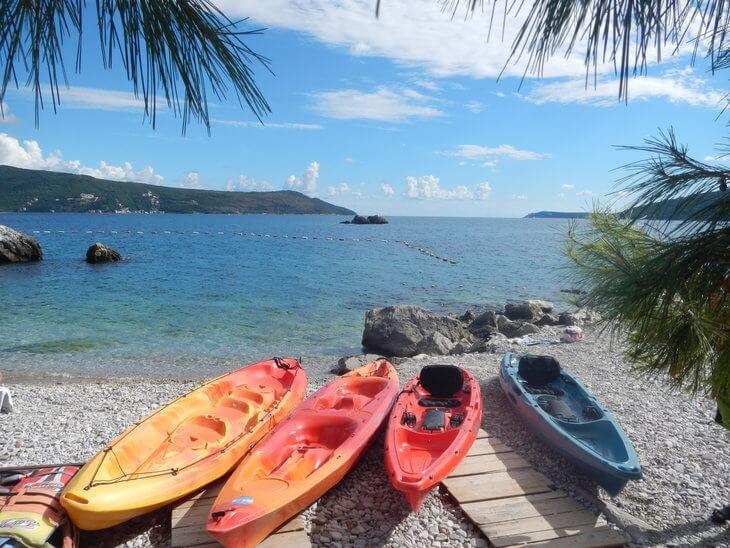 montenegro kayaking