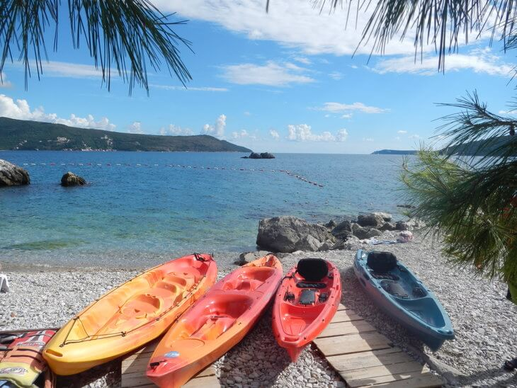 montenegro kayaking