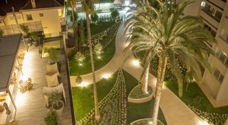 Palmon Bay Hotel gardens