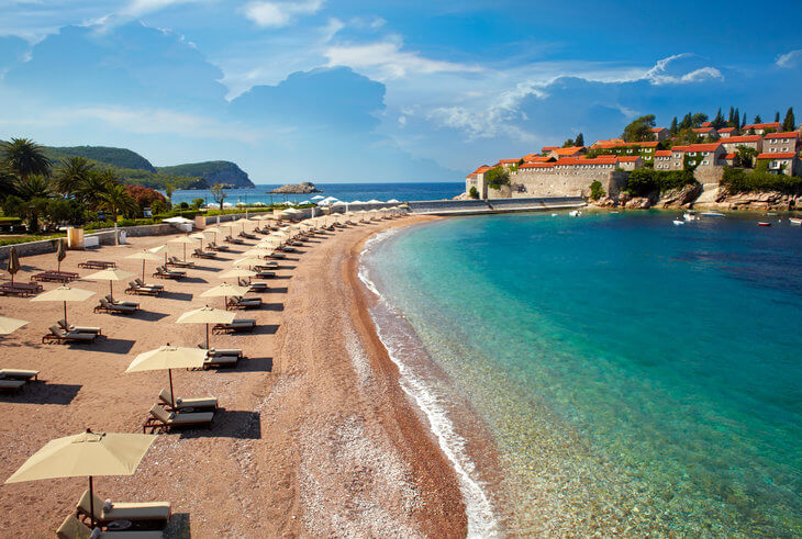 Aman Resort Hotel Sveti Stefan: 5 star luxury on a 15th century island.