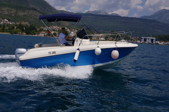 Rent a boat Montenegro: Choose from the largest selection of skippered and bare boat charters in Montenegro.