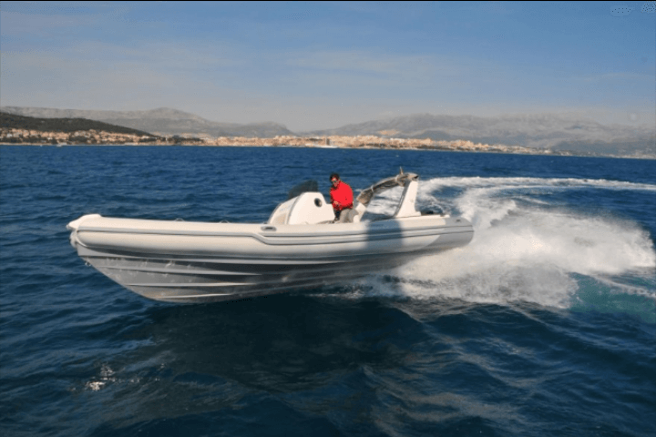 Rent a boat in Montenegro - Sthinger 800GT, a superbly fast and reliable RIB.